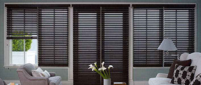 Window blinds are popular window coverings, which are avaliable in a wide variety of materials and colours to complement your home and décor. Enjoy the versatility and durability of horizontal or vertical blinds in your home.